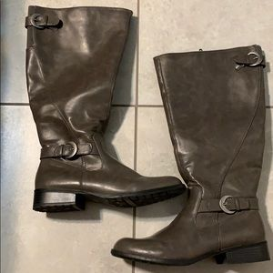 Gray Knee High Life Stride Boots